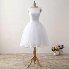 Imagem de Vestido De Noiva Curto Moderno Debutante 15 Anos