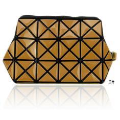 Imagem de Dobrável Moda Diamante Geometria pu Couro Feminino Menina Comestic Bolsa Zíper