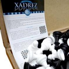 Imagem de Jogo de Xadrez Oficial CX em Madeira 40CM