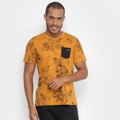 Foto Camiseta Yellowl com Bolso Estampa Masculina - Masculino | Zattini