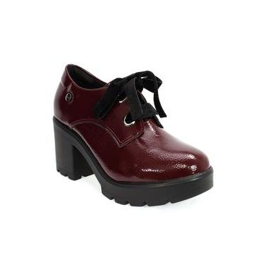 Sapato Feminino em Verniz Salto Tratorado Quiz Bordô