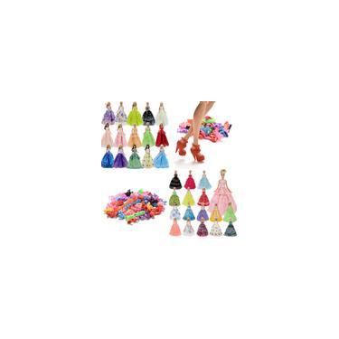 Imagem de Kit De Acessórios Para Boneca Barbie - 3 Vestidos + 3 Pares de Sapatos