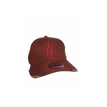 Imagem de Bone Aba Curva Rasgado New York Trucker Yankees Snapback