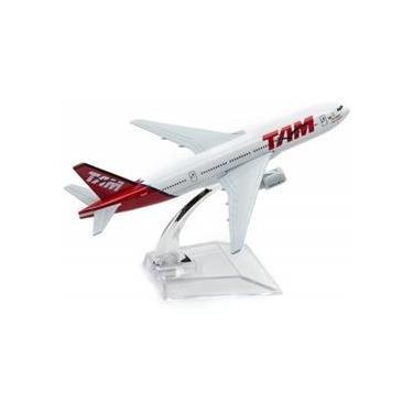 Imagem de Avião Comercial Boeing 777 TAM - Miniatura de Metal 15,5 cm