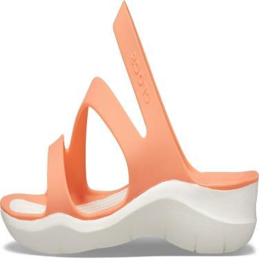 Sandália Crocs Swiftwater  Laranja.  feminino
