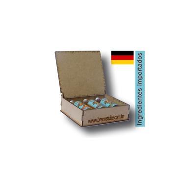 Kit Licores finos (Avelã, Amaretto, Maçã) Miniaturas 50ml com caixa exclusiva de madeira. Brennstube Pomerode