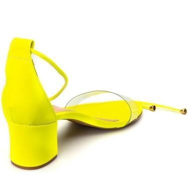 Imagem de Sandália Feminina Salto Grosso Médio com Vinil Confortável em Napa Amarelo Neon  feminino