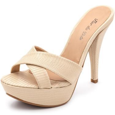 Sandália Tamanco Plataforma Salto Alto Fino Em Croco Creme  feminino