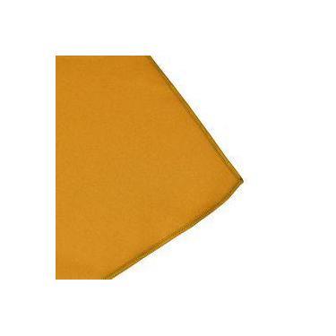 Imagem de Toalha De Mesa Cobre Mancha Quadrado Em Tecido Amarelo Ouro 0,75m