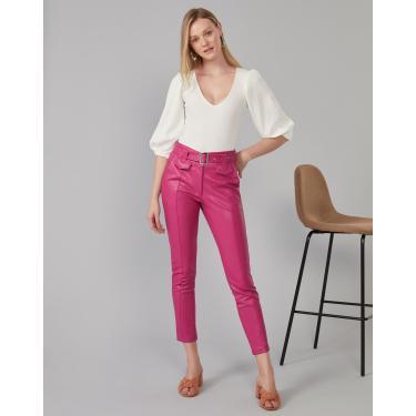 calça leather cintura alta com cinto