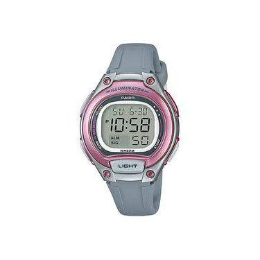 4d8cb8451cb Relógio feminino digital esportivo Casio - LW-203-8AVDF