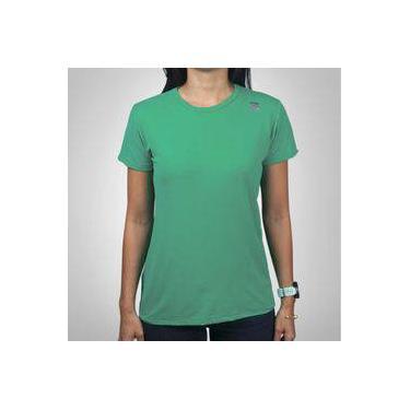 4724ff6a5ca99 Camiseta Mantle Poliamida Verde Escuro Feminina com Proteção UV