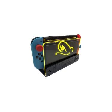 Suporte Bancada/Parede Nintendo Switch Iluminado - Mario Odyssey - Base Preta LED Amarelo