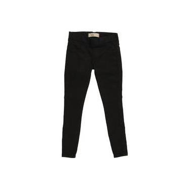 Calça infantil legging jeans preta com bordado de coração no bolso jegging LUK