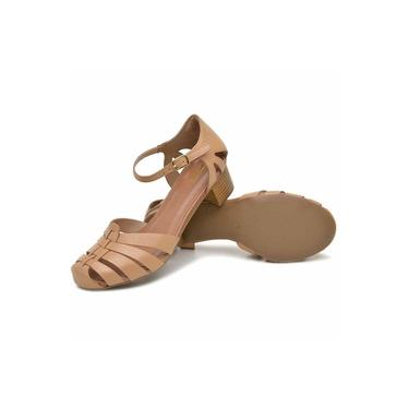 Sandália Retrô Transpassada Touro Boots Feminina Avelã