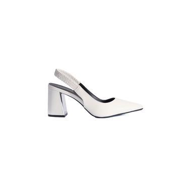 Sapato Feminino Com Elastico Chanel Fosco Ref:4049.05415
