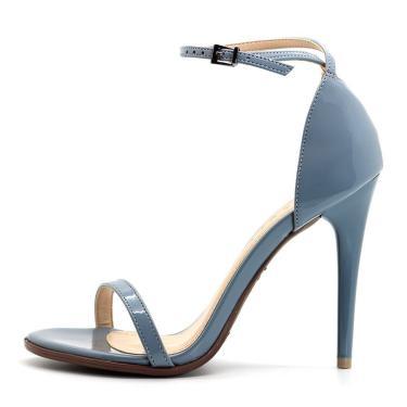 4ce388c8bd Sandália Royalz Verniz Salto Alto Fino Tira Azul Jeans feminino