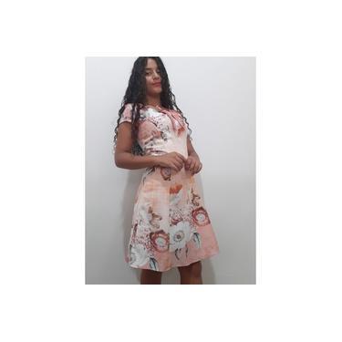 Vestido de crepe liso com estampa florida cor salmão tam. 38