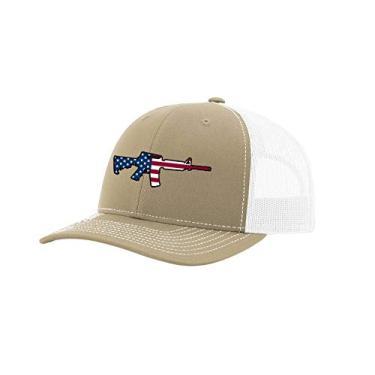 Trenz Shirt Company Boné de caminhoneiro masculino com bandeira americana AR-15 Patriótico 2ª emenda bordado de malha atrás, Cáqui/Branco, tamanho �nico