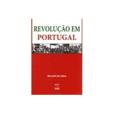 Revolução Em Portugal - Capa Comum - 9788523009397
