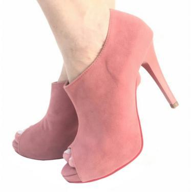 4182ff20b6 Bota Mamogi Rosa Goiaba Ankle Boot Meia Pata Camurça Salto Alto Fino Zíper  10001 feminino