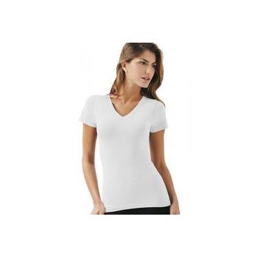 Camiseta baby look feminina decote em V 100% algodão em fio 30 penteado