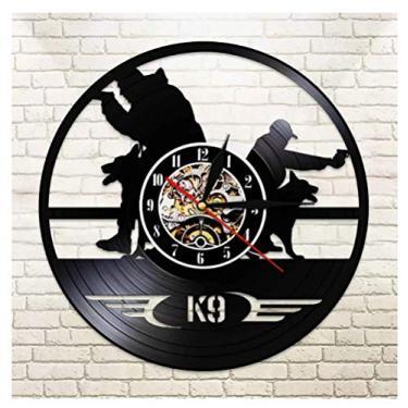 Imagem de Relógio de vinil temático de música de polícia e cães militares, ideia de presentes para amantes de música, homens, mulheres, adolescentes e crianças, arte com tema vintage exclusivo, preto, 30 cm