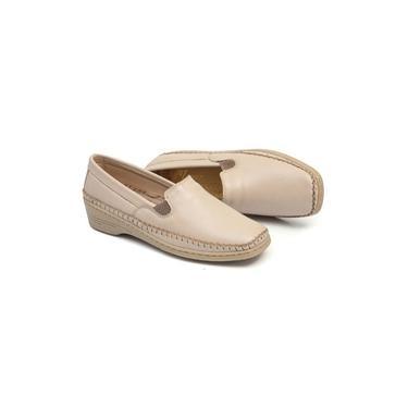 Sapato Feminino Conforto Em Couro Cor Marfim