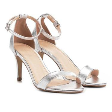 85c242623 Sandália Couro Shoestock Salto Médio Naked Feminina - Feminino Prata