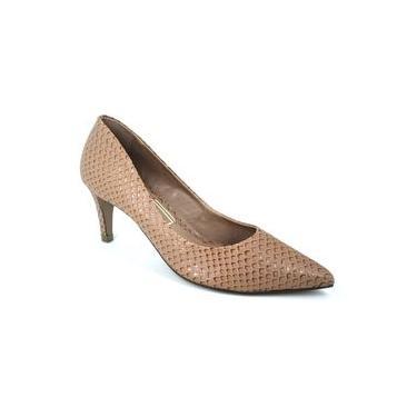 Sapato Scarpin Bico Fino Salto Médio em Couro UZA Preto 936351
