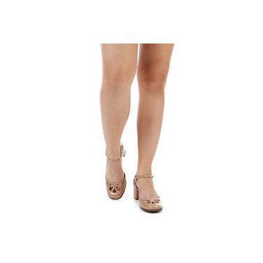 f3f843390f Sapato Boneca Salto Grosso Lara Vazado