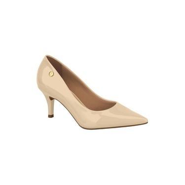 Sapato Feminino Scarpin Salto Baixo Vizzano - 1185702 Bege Verniz