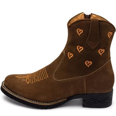 Bota Texana Conforto Pierrô cano médio salto baixo couro cor castor com bordados corações laranja  feminino