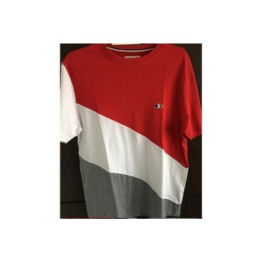 Camiseta Lacosta Tricolor Diagonal Vermelha Branca e Cinza