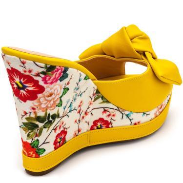 Imagem de Sandália Tamanco Anabela Salto Alto Em Napa Amarelo Com Floral Primavera  feminino