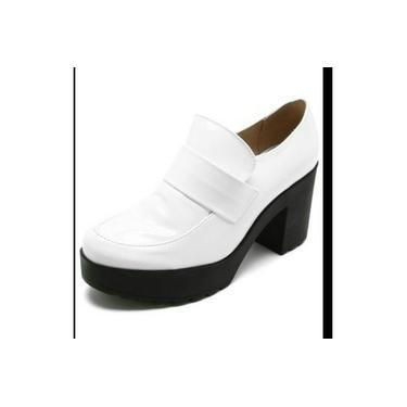Sapato feminino moleca verniz branco meia pata Tam 38
