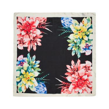 Lenço tecido fino flores unico Preto