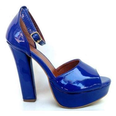 - Sandalia Meia Pata Plataforma Azul Verniz Salto Alto Grosso