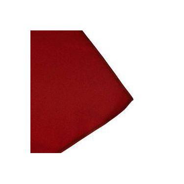 Imagem de Toalha De Mesa Cobre Mancha Quadrado Em Tecido Vermelho 0,75m