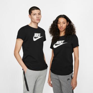 Camiseta Nike Sportswear Essential Unissex