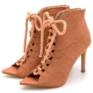 Sandália Bota Ankle Boot Salto Alto Feminina Confortável Em Croco Suede Nude  feminino
