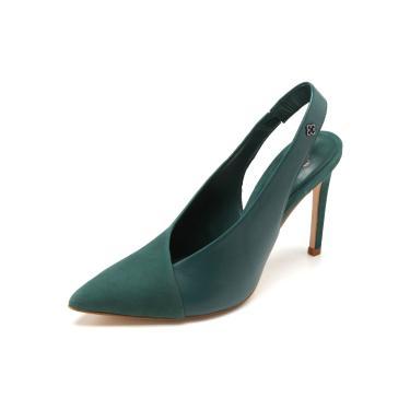 3f1d0f6529 Scarpin Couro Capodarte Slingback Verde Capodarte 4013350 feminino