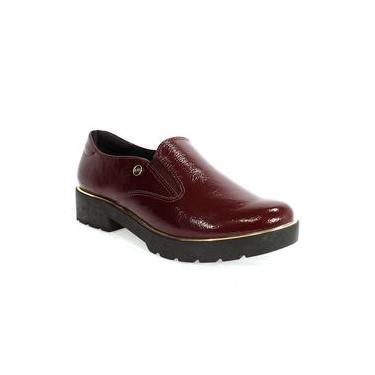 Sapato Feminino em Verniz Quiz Bordô