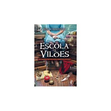 Escola de Vilões - Capa Comum - 9788567028743