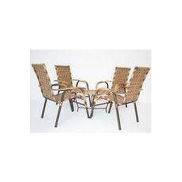 Conjunto com 4 cadeiras e mesa de centro em fibra sintética