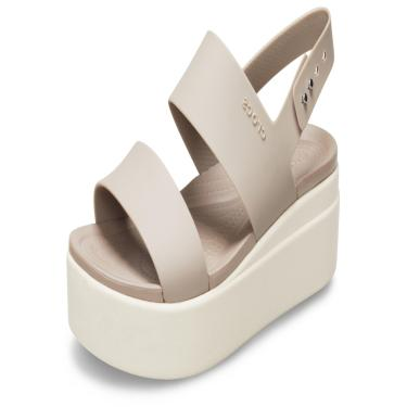 Sandália Crocs Brooklyn Low Wedge W Bege/Creme  feminino
